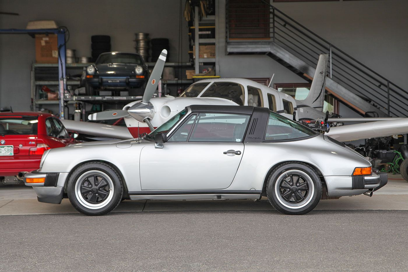 1978 Porsche 911SC Targa exterior photo