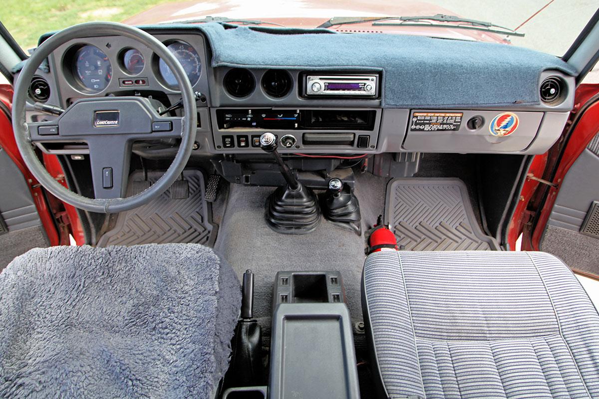 100 Land Cruiser Interior Toyota Reveals New Land