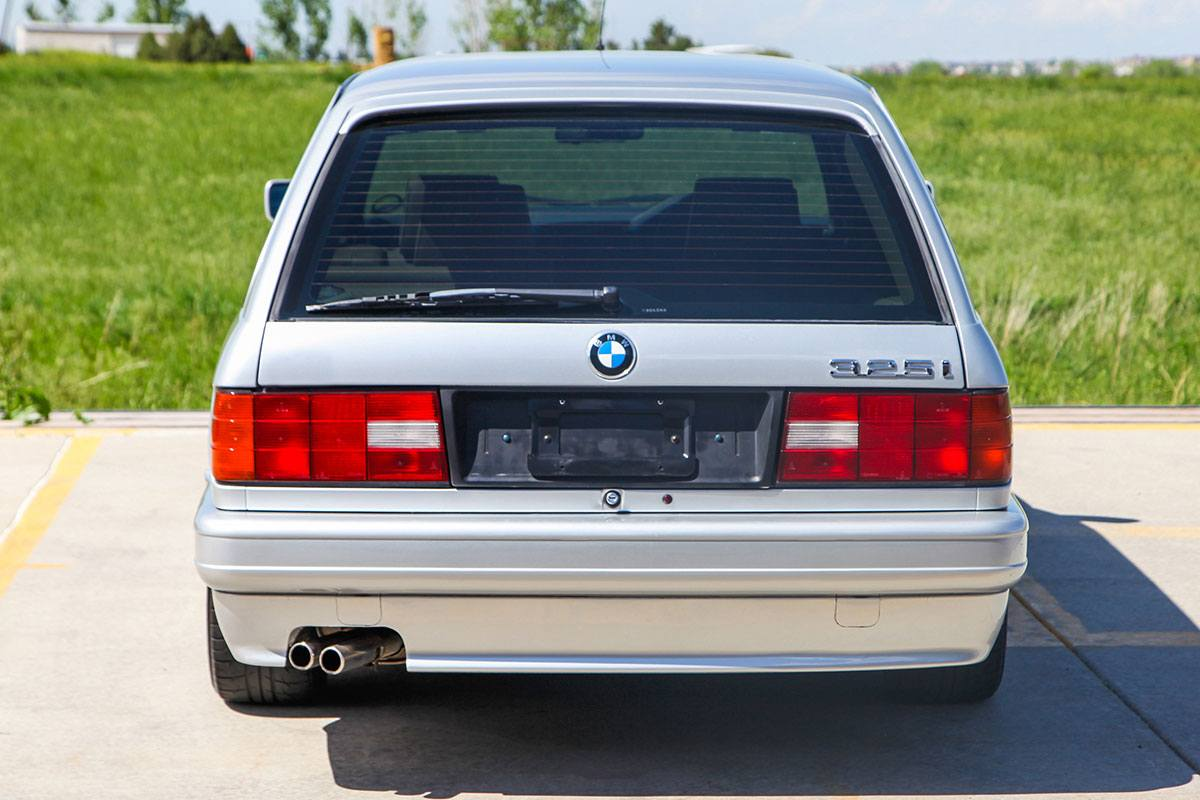 1989 BMW (E30) 325i Touring M Tech II