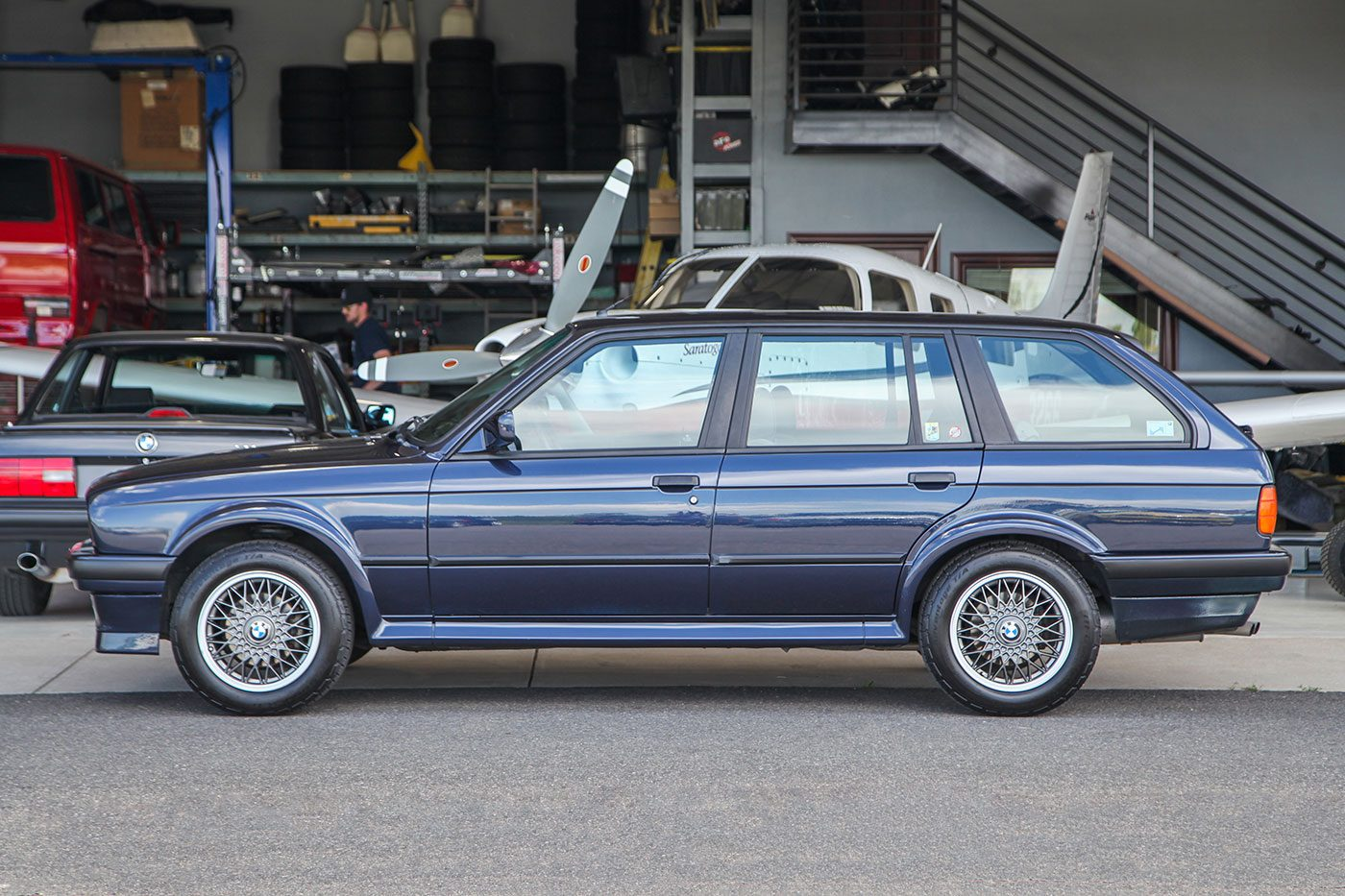 1989 BMW (E30) 325iX Touring exterior photo