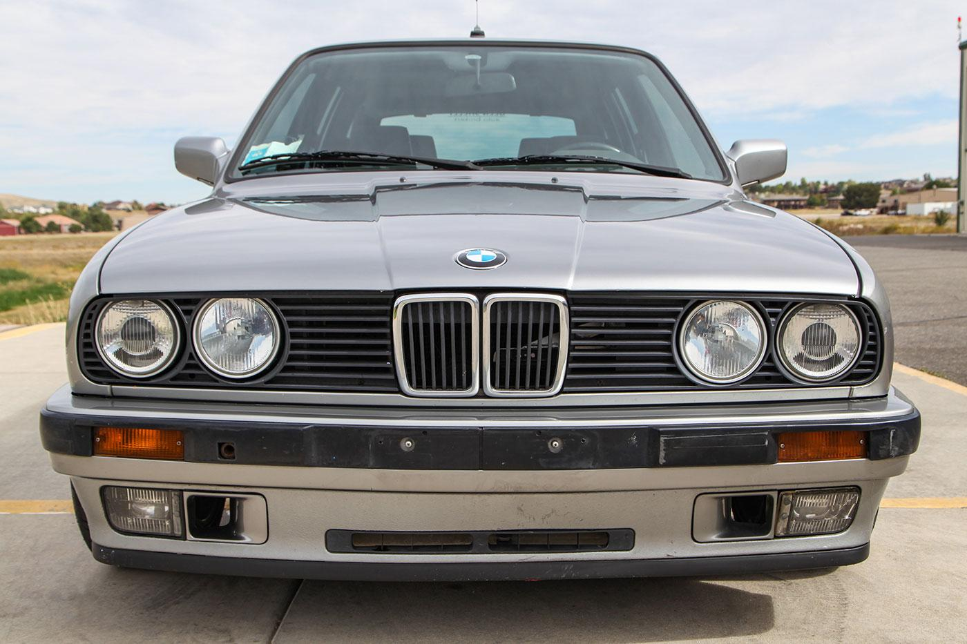 1989 BMW (E30) Euro S50B30-Swapped Touring exterior photo