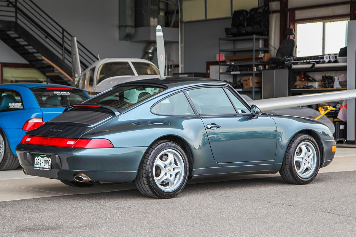 1995 Porsche (993) 911 Carrera 2 exterior photo