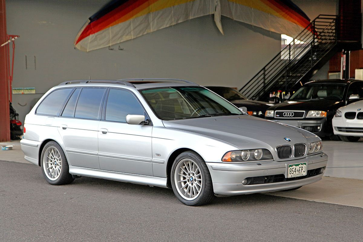 2001 bmw 540i sport wagon touring glen shelly auto. Black Bedroom Furniture Sets. Home Design Ideas