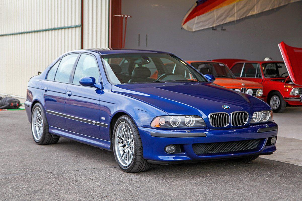 ... 2001 BMW (E39) M5 ...