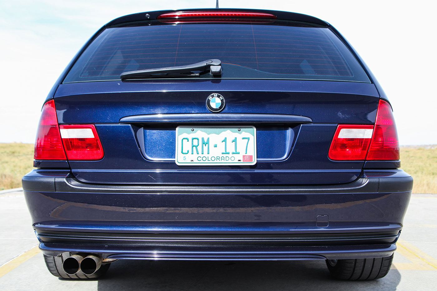 2001 BMW (E46) S54-Powered 325Xi Sport Wagon exterior photo