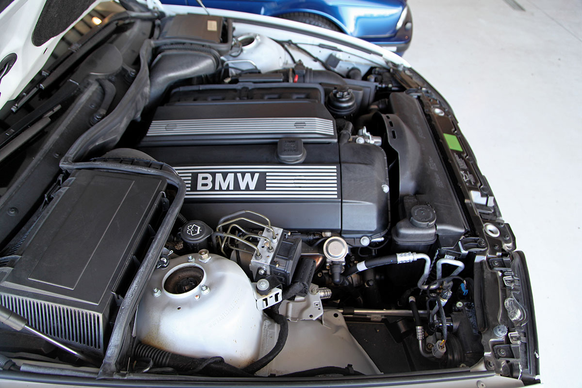 BMW I Sport Slicktop Glen Shelly Auto Brokers Denver - 2002 bmw 530i engine