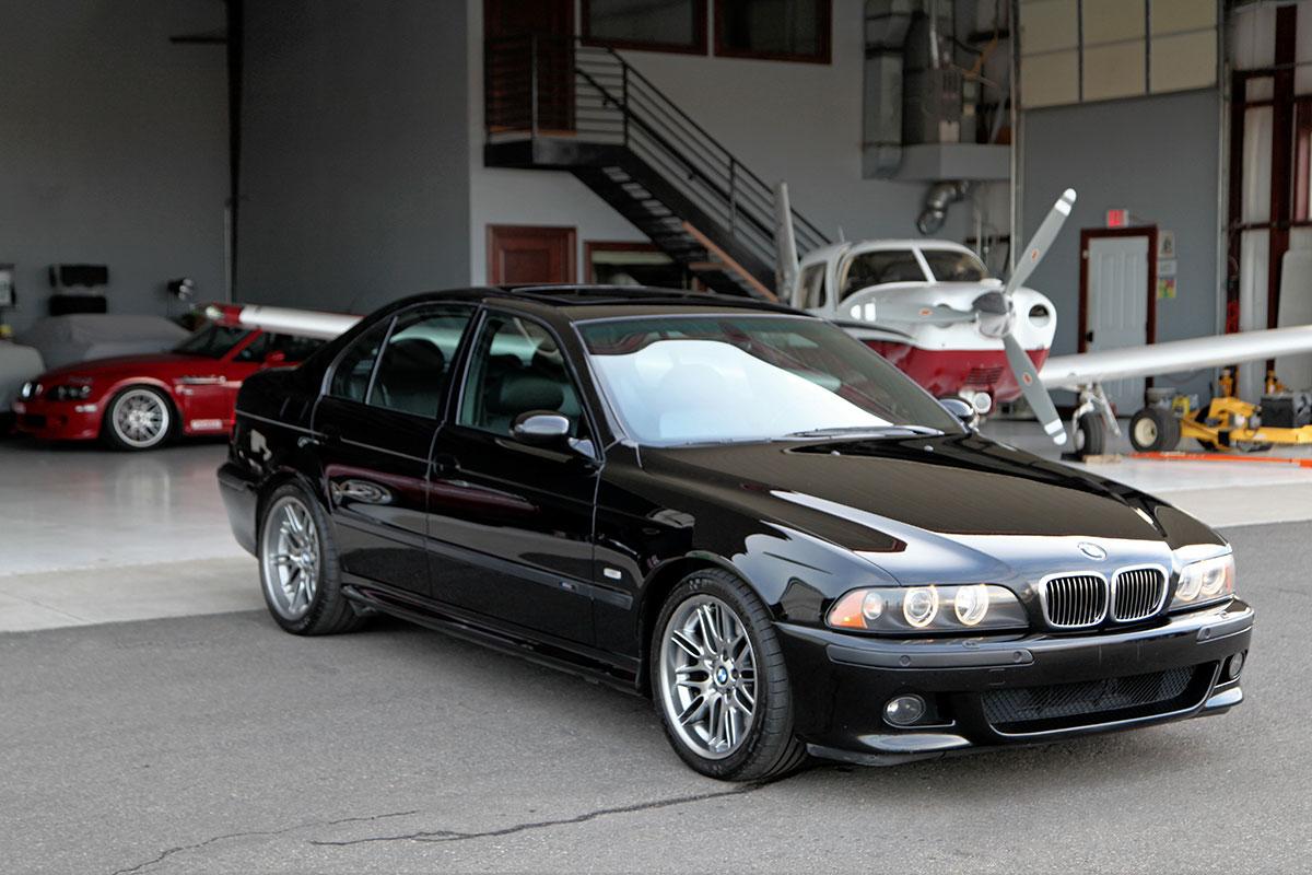 ... 2002 BMW M5 ...