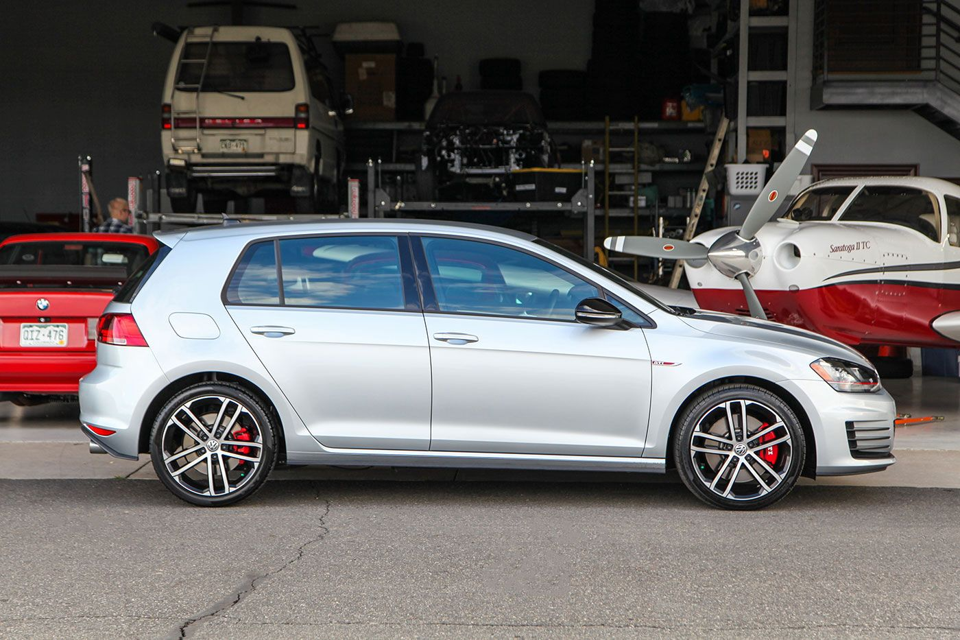 2017 Volkswagen GTI SE Performance Pack exterior photo